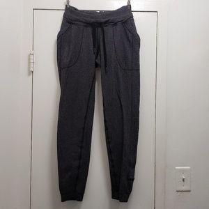 lululemon Base Runner Pant Heathered Black Size 4